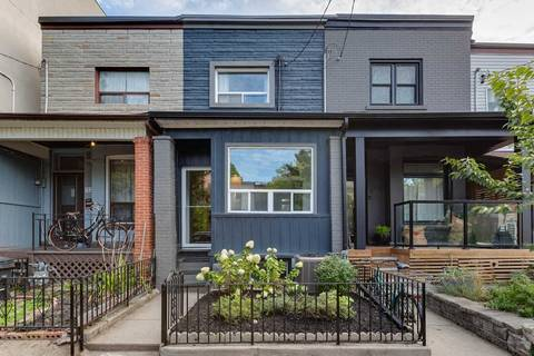 Townhouse for sale at 131 Claremont St Toronto Ontario - MLS: C4577947