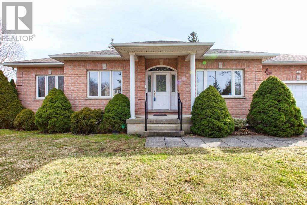 House for sale at 131 Commissioners Rd East London Ontario - MLS: 245757
