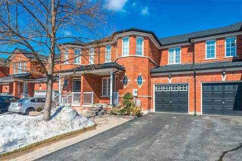 Townhouse for sale at 131 Legnano Cres Vaughan Ontario - MLS: N4381318