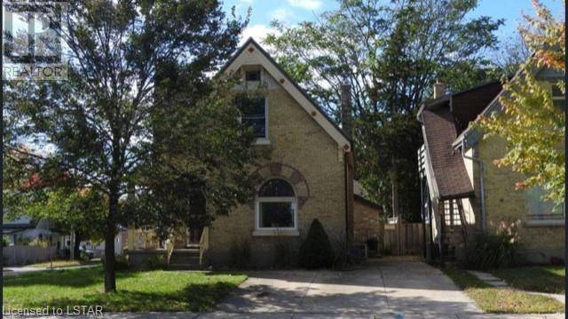 House for sale at 131 Mamelon St London Ontario - MLS: 231473