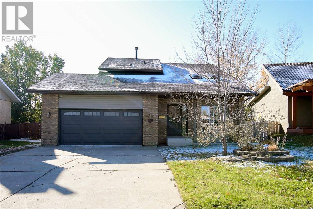 House for sale at 131 Mclevin Cres Red Deer Alberta - MLS: ca0181031