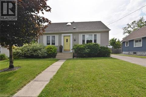House for sale at 131 Price St London Ontario - MLS: 209899