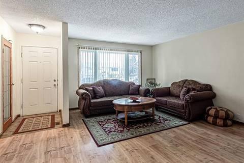131 Radley Place Southeast, Calgary   Image 2