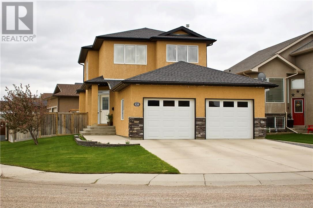 For Sale: 131 Sierra Drive Sw, Medicine Hat, AB   3 Bed, 3 Bath House for $389,900. See 24 photos!