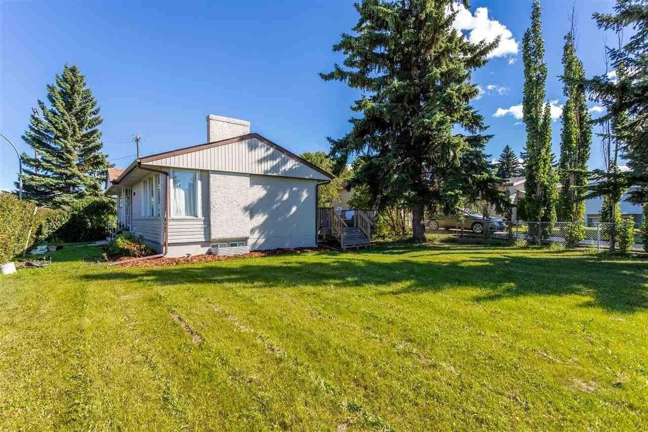 House for sale at 13107 137 Av NW Edmonton Alberta - MLS: E4216696
