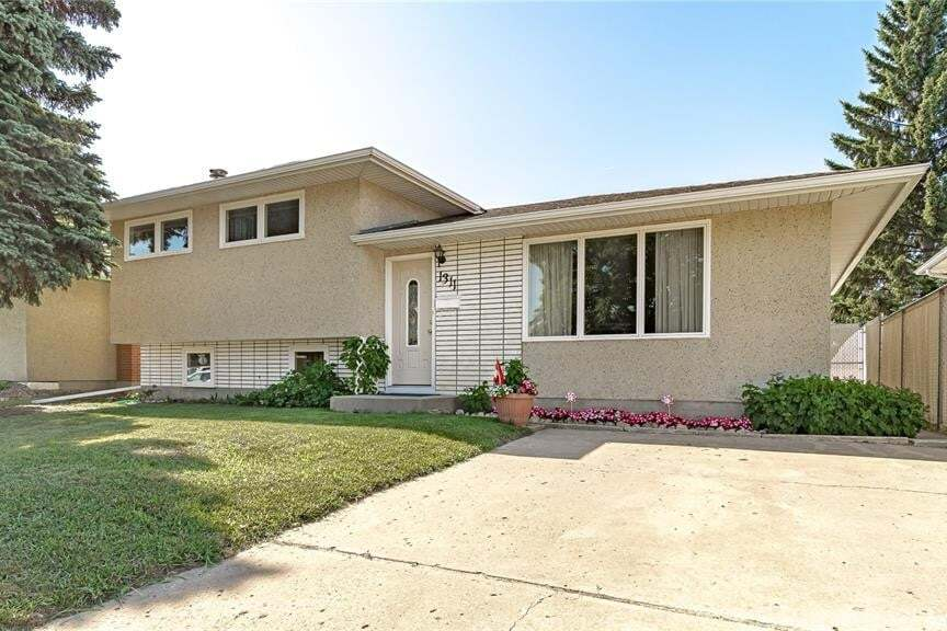 House for sale at 1311 Athabasca St W Moose Jaw Saskatchewan - MLS: SK815123