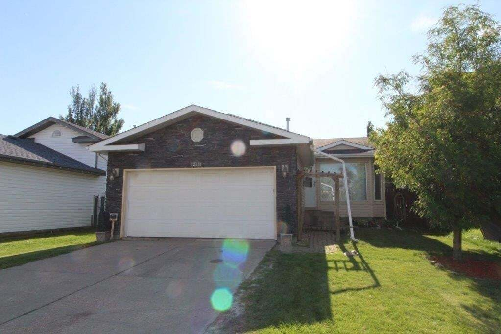 House for sale at 13118 137a St NW Edmonton Alberta - MLS: E4213109