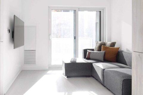 Apartment for rent at 1 Yorkville Ave Unit 1312 Toronto Ontario - MLS: C5082185