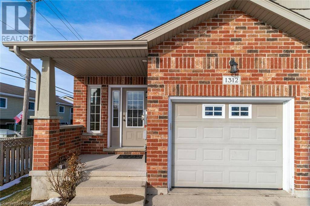 Townhouse for sale at 1312 15th Street B  East Owen Sound Ontario - MLS: 243798