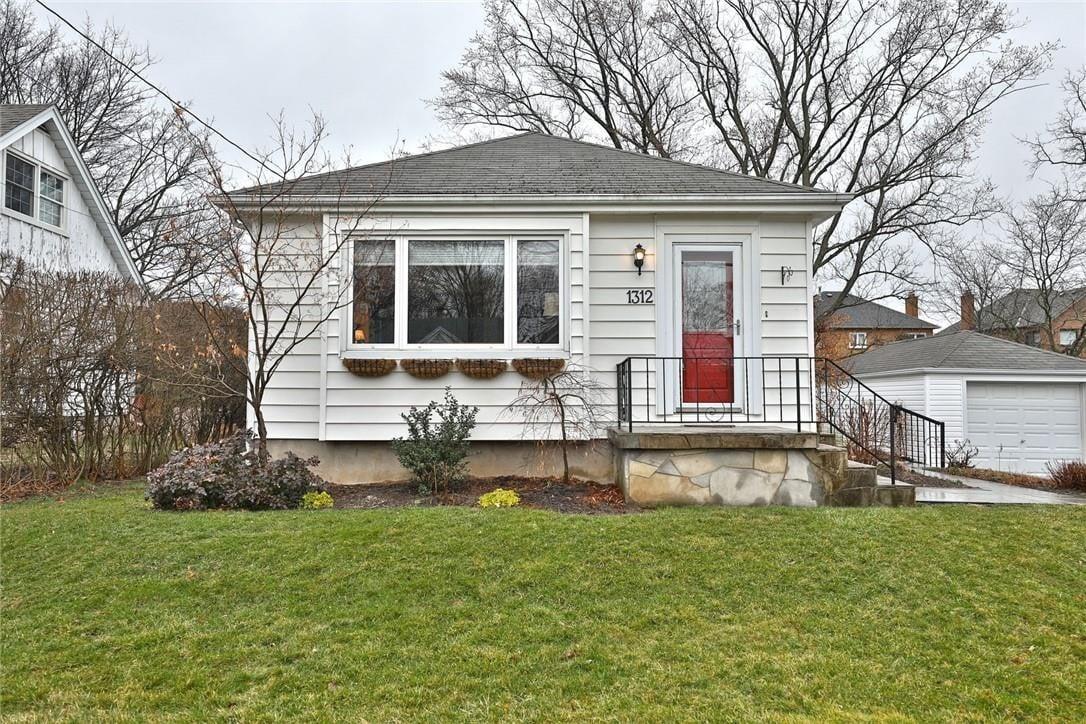 House for sale at 1312 Richmond Rd Burlington Ontario - MLS: H4075591