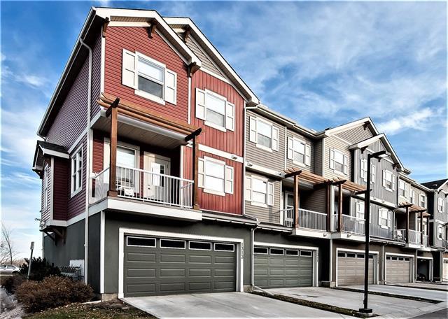 Buliding: 10 Auburn Bay Avenue Southeast, Calgary, AB