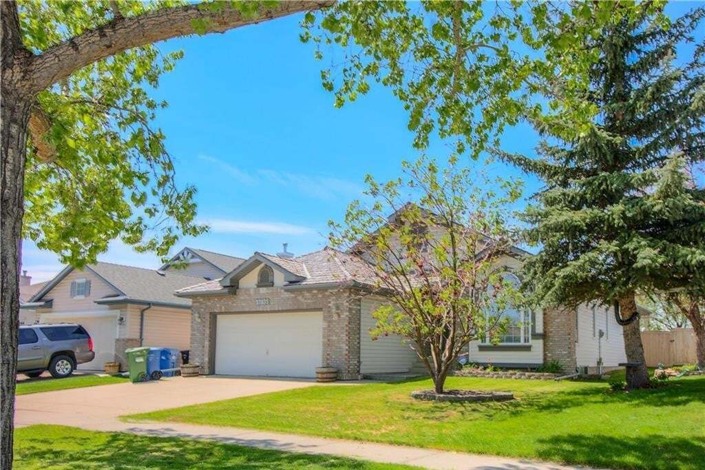 House for sale at 13135 Bonaventure Dr SE Lake Bonavista, Calgary Alberta - MLS: C4299187