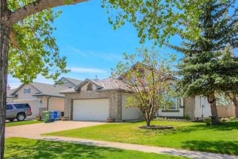 House for sale at 13135 Bonaventure Dr Southeast Calgary Alberta - MLS: C4299187