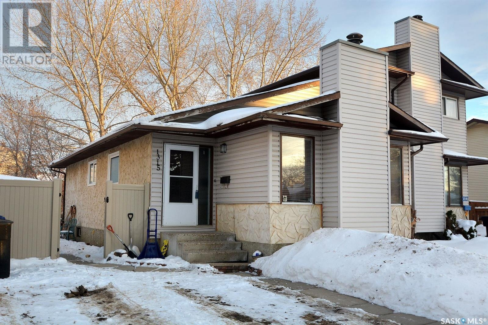 House for sale at 1315 Mckercher Dr Saskatoon Saskatchewan - MLS: SK834303
