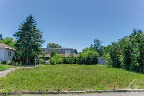 Home for sale at 1316 Dorchester Ave Ottawa Ontario - MLS: 1200443