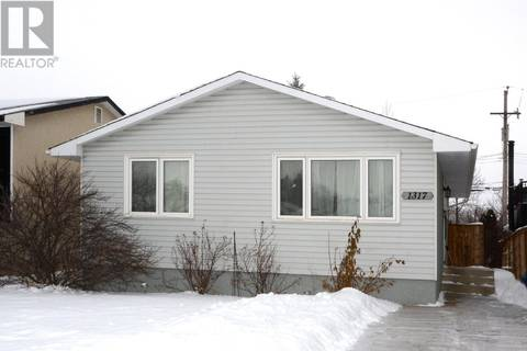 House for sale at 1317 Bryans Ave Saskatoon Saskatchewan - MLS: SK798102