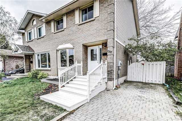 Sold: 1317 Sunningdale Avenue, Oshawa, ON