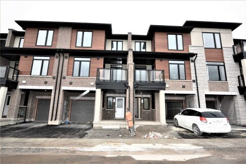 Townhouse for rent at 590 North Service Rd Unit 132 Hamilton Ontario - MLS: X4956157