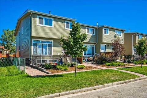 Townhouse for sale at 132 9 Ave Southwest High River Alberta - MLS: C4290858