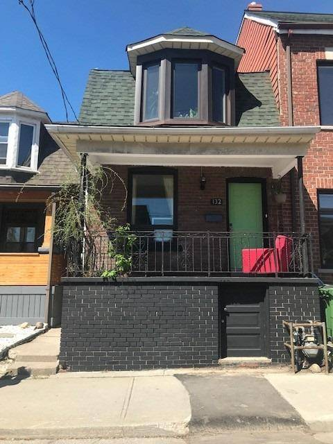 Townhouse for sale at 132 Christie St Toronto Ontario - MLS: C4459743
