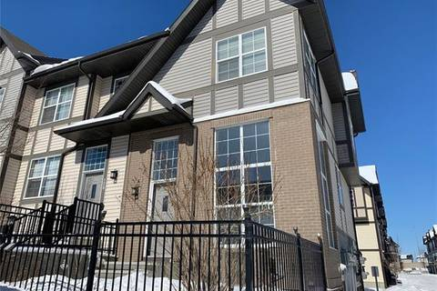 Townhouse for sale at 132 Cranford Ct Southeast Calgary Alberta - MLS: C4289896