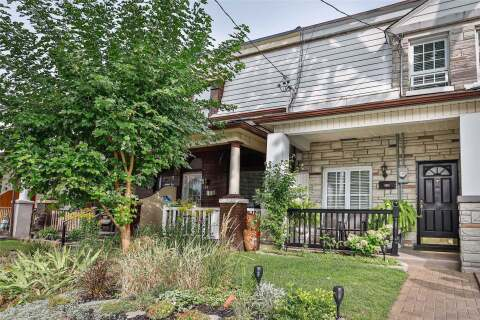 Townhouse for sale at 132 Lindsey Ave Toronto Ontario - MLS: C4913043