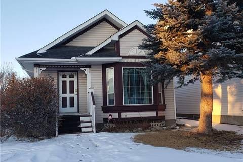 House for sale at 132 Martinglen Me Northeast Calgary Alberta - MLS: C4287506