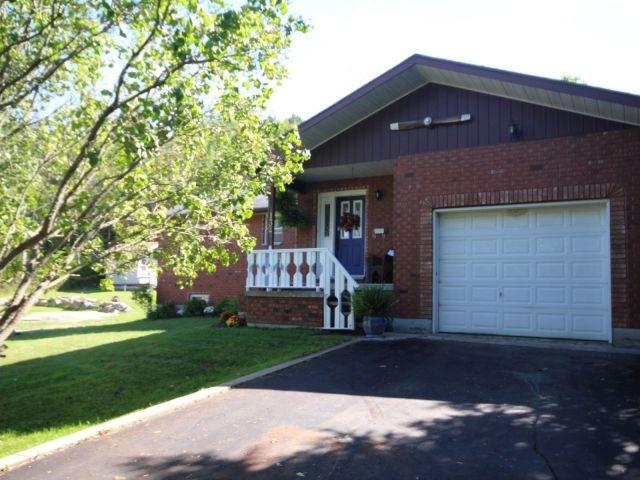 Sold: 132 Poyntz Street, Penetanguishene, ON
