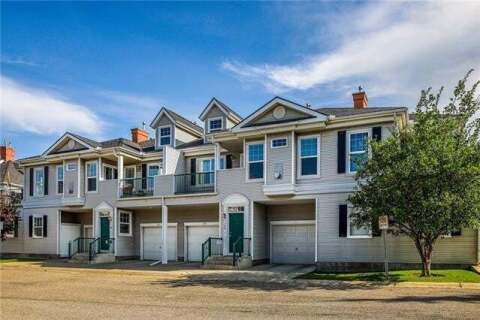 Townhouse for sale at 132 Prestwick Garden(s) Southeast Calgary Alberta - MLS: C4302159