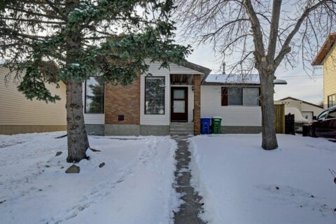 House for sale at 132 Summerfield Cs SW Airdrie Alberta - MLS: A1049034