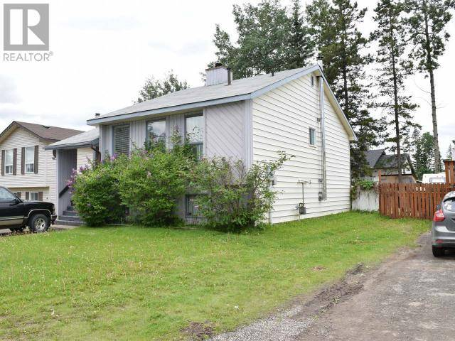 132 Valleyview Crescent, Tumbler Ridge | Image 2