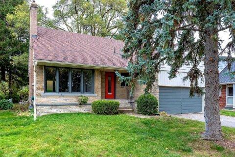 House for rent at 132 Wimbleton Rd Toronto Ontario - MLS: W4965232