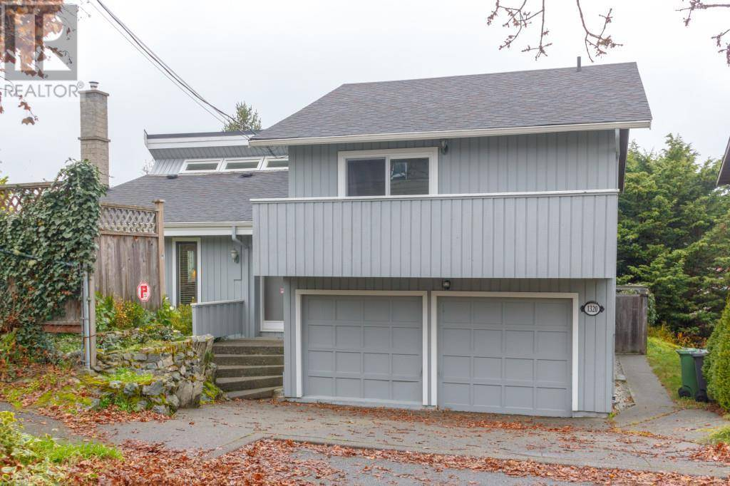 House for sale at 1320 Ryan St Victoria British Columbia - MLS: 417797