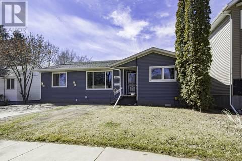 House for sale at 1321 C Ave N Saskatoon Saskatchewan - MLS: SK771638