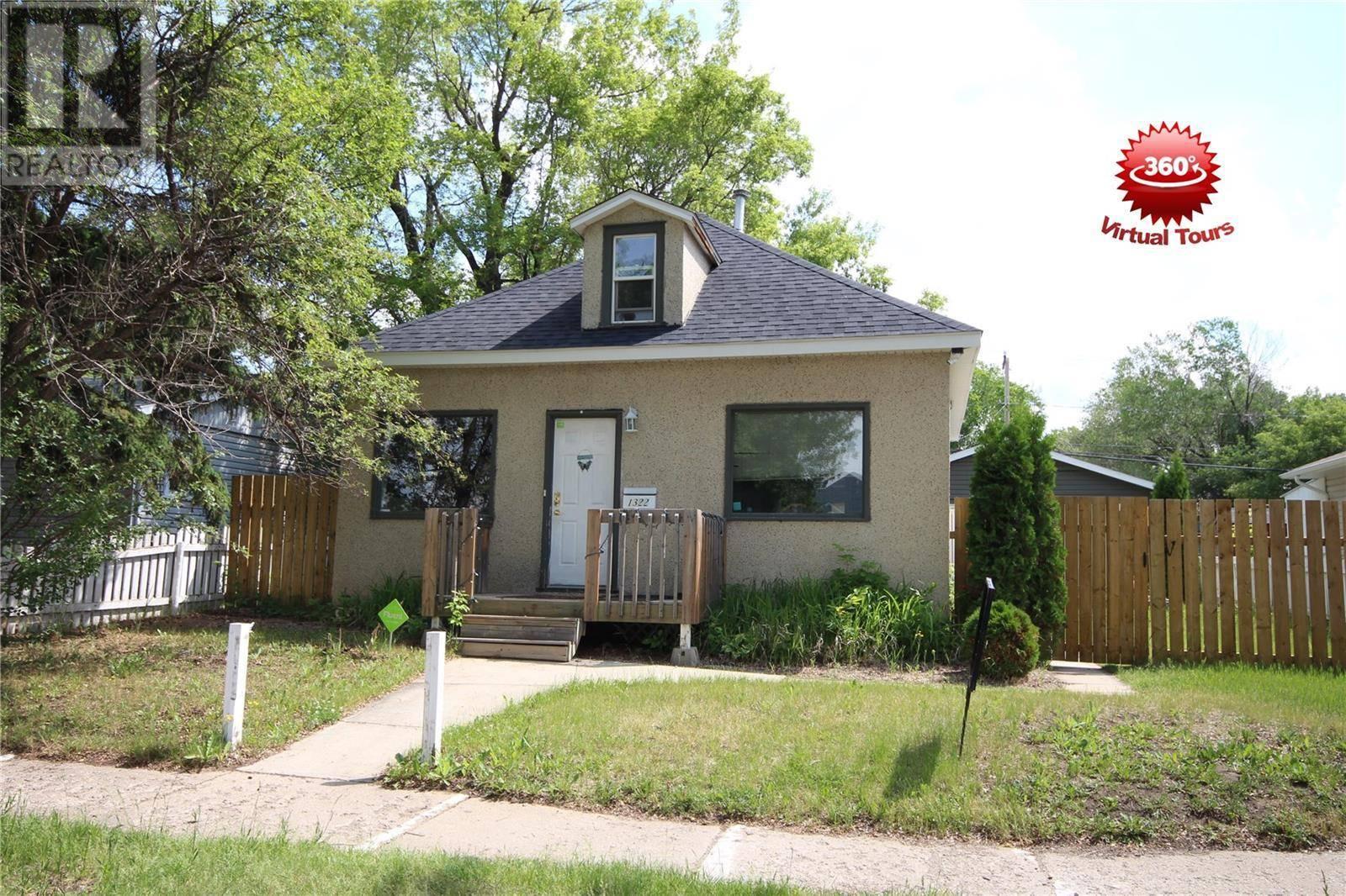 House for sale at 1322 105th St North Battleford Saskatchewan - MLS: SK763414
