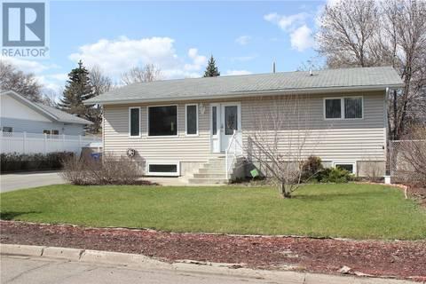 House for sale at 1326 Lynd Cres Estevan Saskatchewan - MLS: SK798965