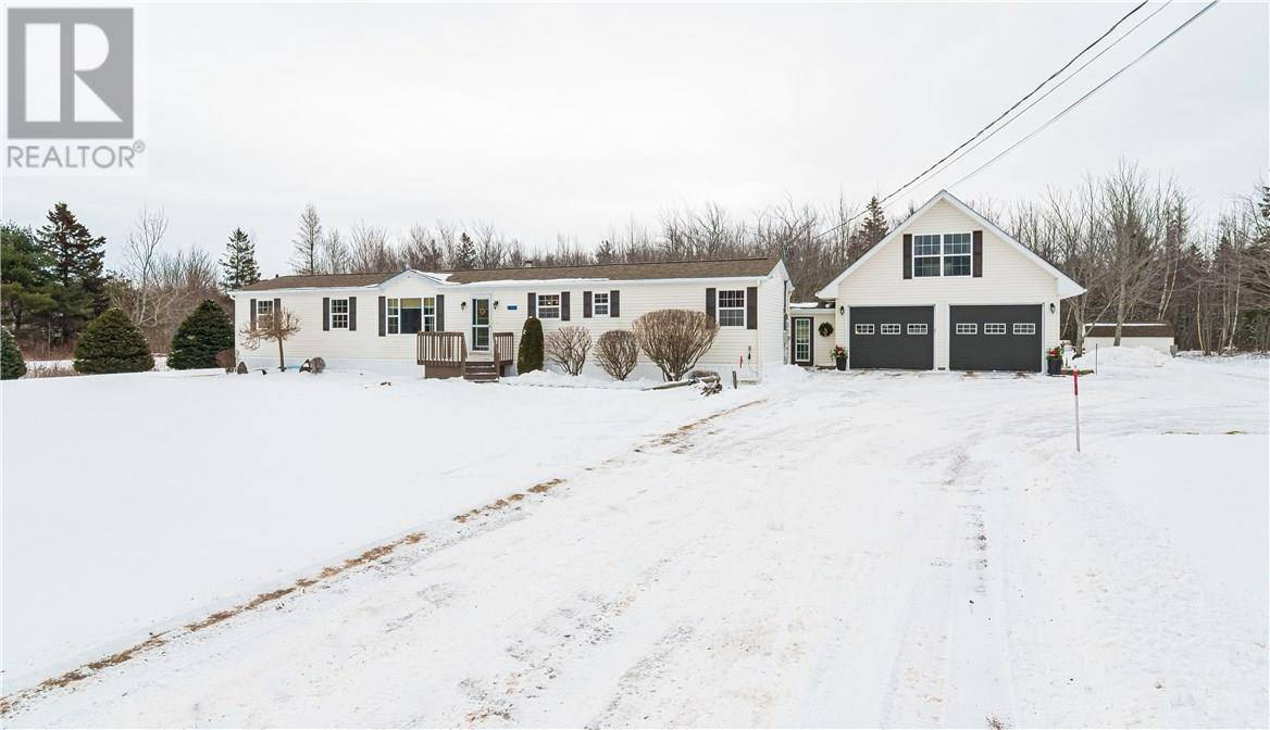 Residential property for sale at 2001 Route 133 Rte Unit 133 Grand Barachois New Brunswick - MLS: M126887
