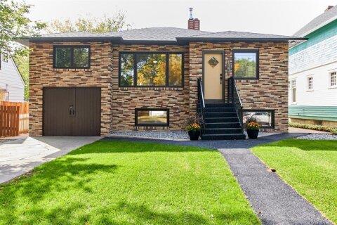 House for sale at 133 8 St SE Medicine Hat Alberta - MLS: A1033936