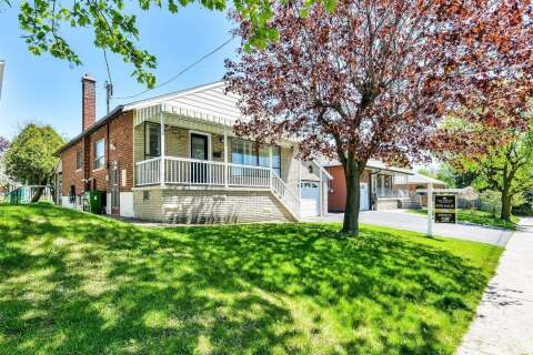 House for sale at 133 Culford Rd Toronto Ontario - MLS: W4740388