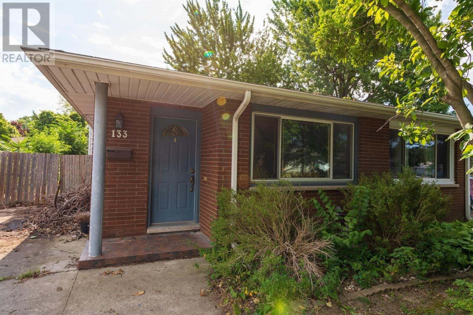 House for sale at 133 Lansdowne Ave Kingsville Ontario - MLS: 20009373