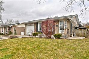 House for sale at 133 Mccraney St Oakville Ontario - MLS: O4732317