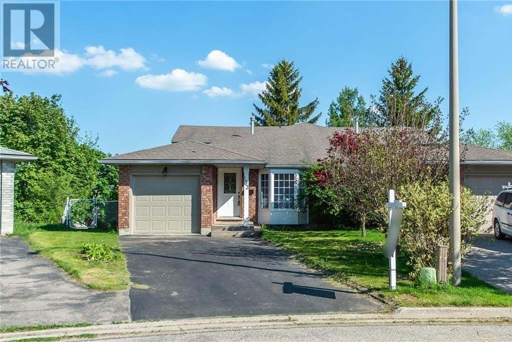 House for sale at 133 Oprington Ct Kitchener Ontario - MLS: 30809154