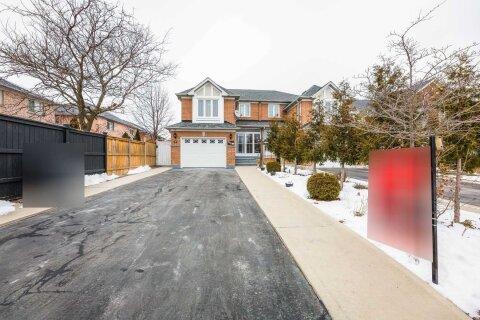 Townhouse for sale at 133 Sahara Tr Brampton Ontario - MLS: W5083363