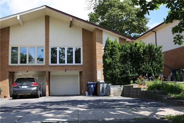 For Sale: 133 Shawnee Circle, Toronto, ON | 4 Bed, 3 Bath Townhouse for $999,800. See 20 photos!