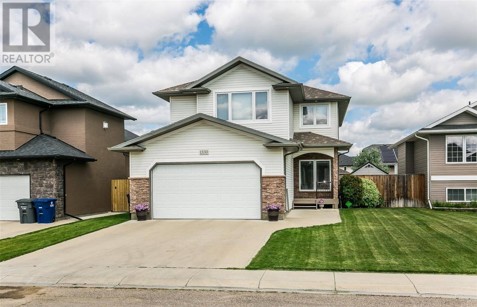 House for sale at 1330 Shepherd Cres Saskatoon Saskatchewan - MLS: SK790189