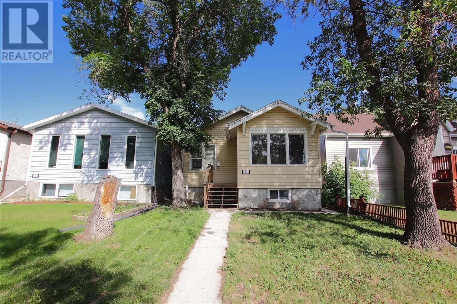 House for sale at 1331 Queen St Regina Saskatchewan - MLS: SK821399