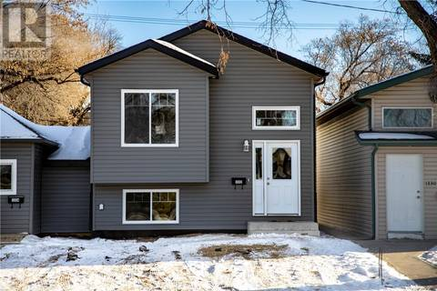 House for sale at 1332 I Ave N Saskatoon Saskatchewan - MLS: SK804337