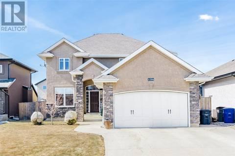 House for sale at 134 Alm Cres Saskatoon Saskatchewan - MLS: SK776426