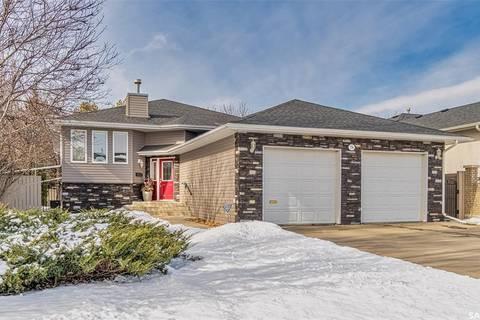 House for sale at 134 Blue Sage Dr Moose Jaw Saskatchewan - MLS: SK803315