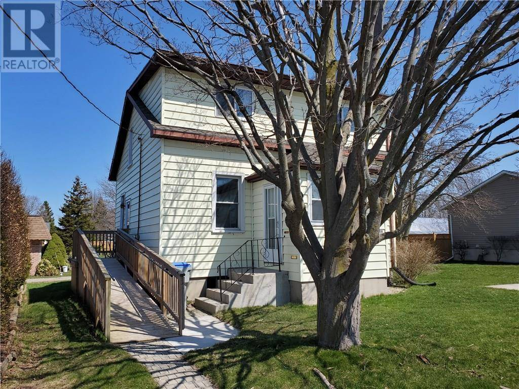 House for sale at 134 Cayley St Goderich Ontario - MLS: 30802211